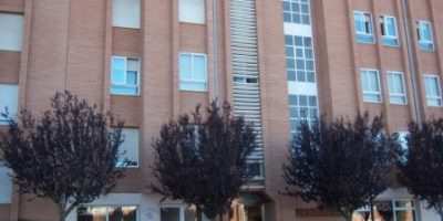 Apartamento en C/ FUENTE DEL REY
